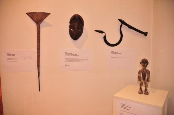 Coltul Nigerian - Idoma, Ogoni, Chamba, Ibo